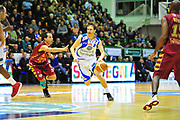 DESCRIZIONE : Sassari Lega A 2012-13 Dinamo Sassari - Umana Reyer Venezia<br /> GIOCATORE :Travis Diener<br /> CATEGORIA :Palleggio<br /> SQUADRA : Dinamo Sassari<br /> EVENTO : Campionato Lega A 2012-2013 <br /> GARA : Dinamo Sassari<br /> DATA : 17/02/2013<br /> SPORT : Pallacanestro <br /> AUTORE : Agenzia Ciamillo-Castoria/M.Turrini<br /> Galleria : Lega Basket A 2012-2013  <br /> Fotonotizia : Sassari Lega A 2012-13 Dinamo Sassari - Umana Reyer Venezia<br /> Predefinita :