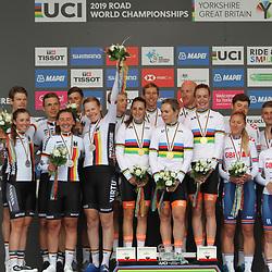 22-09-2019: WK wielrennen: Team Relay: Yorkshire: Team NL wint de Mix Team Relay voor Duitsland en Groot Brittannie