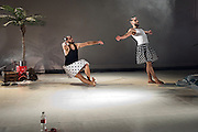 Nederland Amsterdam december 2011<br /> Dancing on the edge met: Come as you are. Voorstelling met Fouad Mohamed, Nir de Volff en Haytham Safia over twee mannen uit het midden oosten die elkaar ontmoeten in de Sinai woestijn en verlangen te ontsnappen aan de politieke gebeurtenissen in de arabische wereld. En de ontdekking van wat een flesje coca cola kan betekenen voor de gewone man in het midden oosten.<br /> Foto: Jan Boeve