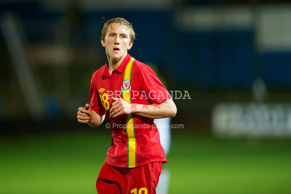 PORT TALBOT, WALES - Thursday, November 1, 2012: Wales' Connor Lemonheigh-Evans in action against England during the Under-16's Victory Shield match at Victoria Road. (Pic by David Rawcliffe/Propaganda)