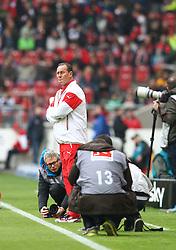 21.03.2015, Mercedes Benz Arena, Stuttgart, GER, 1. FBL, VfB Stuttgart vs Eintracht Frankfurt, 26. Runde, im Bild Trainer Huub Stevens ( VfB Stuttgart ) // during the German Bundesliga 26th round match between VfB Stuttgart and Eintracht Frankfurt at the Mercedes Benz Arena in Stuttgart, Germany on 2015/03/21. EXPA Pictures © 2015, PhotoCredit: EXPA/ Eibner-Pressefoto/ Langer<br /> <br /> *****ATTENTION - OUT of GER*****