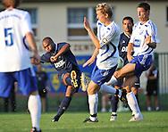 07-08-2008 Voetbal:BSV Sebnitz 68:Willem II: Sebnitz<br /> Oefenwedstrijd Willem II in Sebnitz<br /> Ibad Muhamadu haalt uit <br /> Foto: Geert van Erven