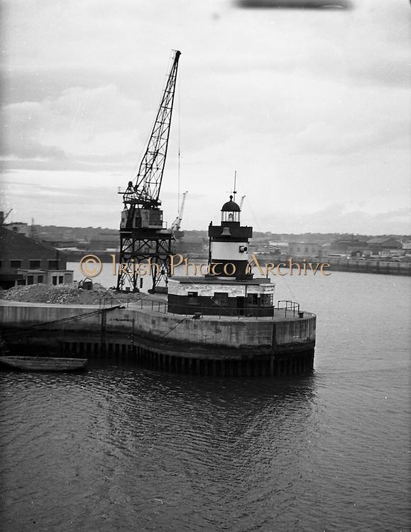 01/02/1957<br /> 02/01/1957<br /> 01 February 1957<br /> Norh Wall Lighthouse, Dublin