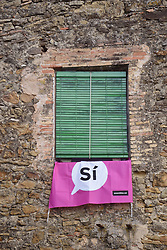 Catalonia, Spain Sep 2017. Pertallada. On 1 October Catalans will go to the polls to vote in a referendum on whether to secede from Spain and form an independent republic however Madrid says the referendum is unconstitutional. Catalonian flags & 'si' signs proliferate throughout the region.