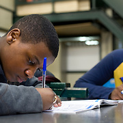 Nederland Rotterdam 4 februari 2009 20090406 Foto: David Rozing.Leerlingen VMB Noordrand college.Dutch students  basic education, holland, student, students, , pupils,  boys, boy, ....Foto: David Rozing