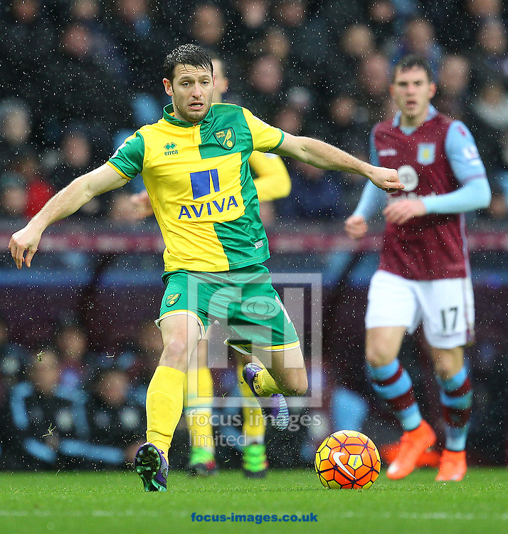 Wes Hoolahan of Norwich in action during the Barclays Premier League match at Villa Park, Birmingham<br /> Picture by Paul Chesterton/Focus Images Ltd +44 7904 640267<br /> 06/02/2016