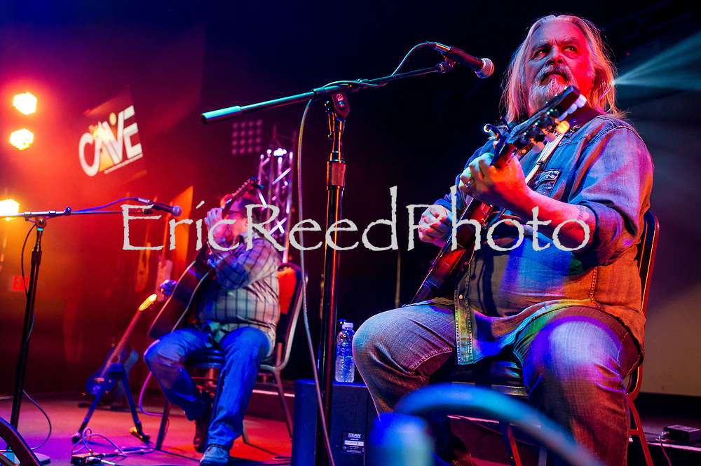 Legendary singer Hal Ketchum plays at The Cave in Big Bear Lake, Friday, March, 10, 2017. (EricReedPhoto.com)