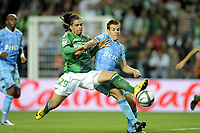 FOOTBALL - FRENCH CHAMPIONSHIP 2010/2011 - L1 - AS SAINT ETIENNE v OLYMPIQUE MARSEILLE - 2/10/2010 - PHOTO JEAN MARIE HERVIO / DPPI - EMMANUEL RIVIERE (ASSE) / CESAR AZPILICUETA (OM)