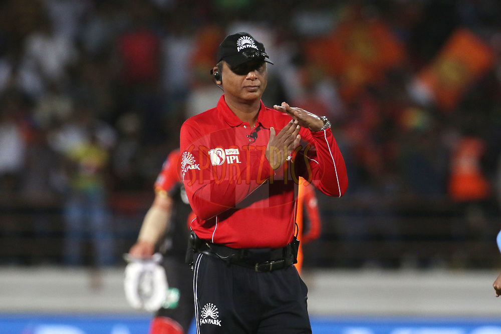 Umpire Sundaram Ravi signals the strategic time out during match 20 of the Vivo 2017 Indian Premier League between the Gujarat Lions and the Royal Challengers Bangalore  held at the Saurashtra Cricket Association Stadium in Rajkot, India on the 18th April 2017<br /> <br /> Photo by Vipin Pawar - Sportzpics - IPL