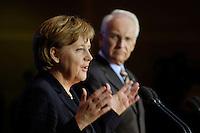 27 OCT 2005, BERLIN/GERMANY:<br /> Angela Merkel (L), CDU Bundesvorsitzende, und Edmund Stoiber (R), CSU, Ministerpraesident Bayern, waehrend einer Pressekonferenz, nach einer Sitzung, Koalitionsverhandlungen zur Bildung einer grossen Koalition zwischen CDU/CSU und SPD, Willy-Brandt-Haus<br /> IMAGE: 20051027-01-032