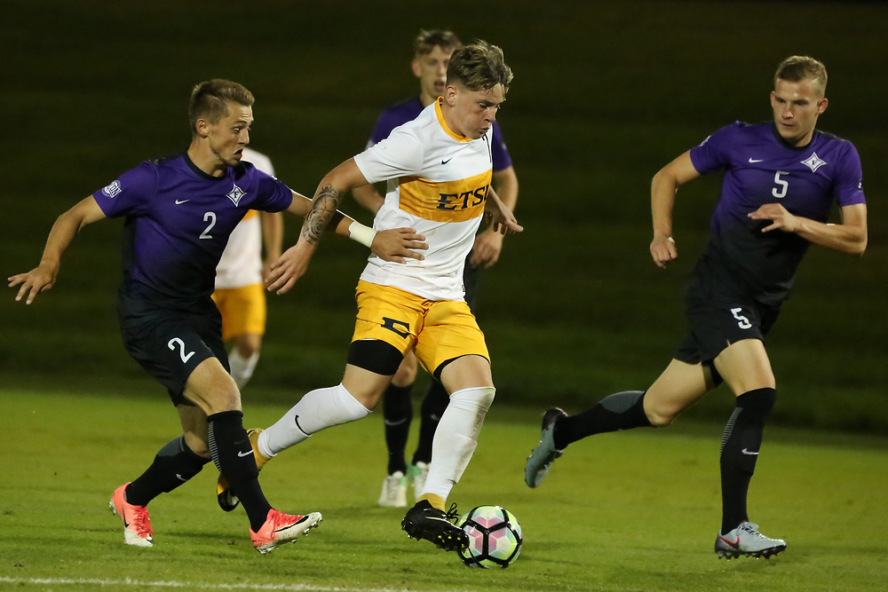 October 6, 2017 - Johnson City, Tennessee - Summers-Taylor Stadium: ETSU forward Danny Barlow (7)<br /> <br /> Image Credit: Dakota Hamilton/ETSU