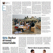 "Tearsheet (Feature story) of ""Egypt: O voto é a arma do povo?"" published in Expresso"