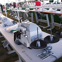 Jiquipilco, México.- El Gobierno del Estado de México realizo la entrega de  maquinas de coser y molinos, como parte del programa Proyectos Productivos para Mujeres, en la comunidad de San Felipe, en Juiquipilco. Agencia MVT / José Hernández