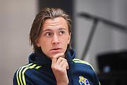 HELSINGBORG , 2017-06-07: Kristoffer Olsson blir intervjuad efter U21 landslagets tr&auml;ning p&aring; Olympia, Helsingborg den 7 juni.<br /> Foto: Nils Petter Nilsson/Ombrello<br /> Fri anv&auml;ndning f&ouml;r kunder som k&ouml;pt U21-paketet, annars betalbild.<br /> ***BETALBILD***
