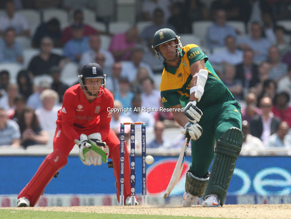 19.06.2013 London, England.  Rory Kleinveldt of South Africa during the  ICC Champions Trophy Semi-Final fixture between England and South Africa from The Oval.