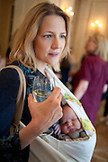 CHRISTINE GREIG AND HER BABY THOMAS, Imogen Edwards-Jones - book launch party for ' Hospital Confidential' Mandarin Oriental Hyde Park, 66 Knightsbridge, London, 11 May 2011. <br />  <br /> -DO NOT ARCHIVE-© Copyright Photograph by Dafydd Jones. 248 Clapham Rd. London SW9 0PZ. Tel 0207 820 0771. www.dafjones.com.