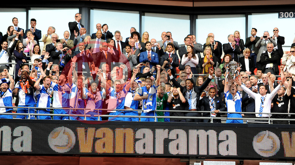 Bristol Rovers celebrate - Photo mandatory by-line: Neil Brookman/JMP - Mobile: 07966 386802 - 17/05/2015 - SPORT - football - London - Wembley Stadium - Bristol Rovers v Grimsby Town - Vanarama Conference Football