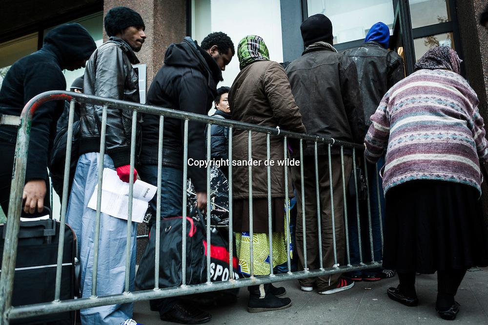 Brussel,Koning Albert II laan, vluchtelingen opvang Fedasil Belgie.