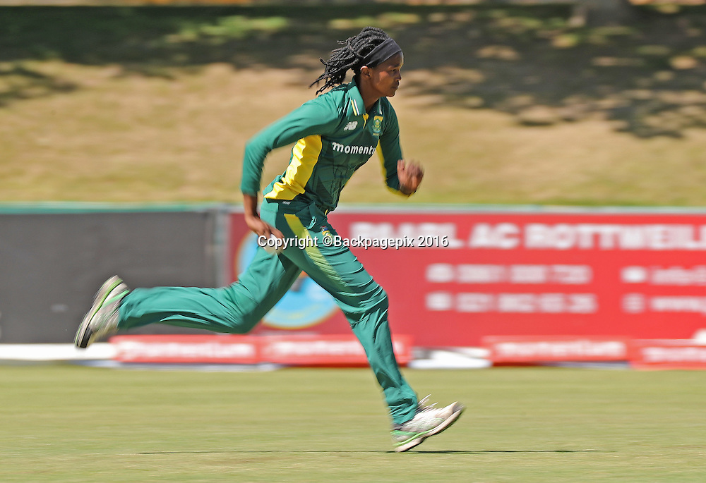Ayabonga Khaka of South Africa bowls during the 2016 International ODI Womens cricket match between South Africa and New Zealand at Boland Park, Paarl on 16 October 2016 ©Chris Ricco/BackpagePix