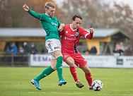 Oliver Carrara (Avarta) og Frederik Bay (FC Helsingør) under kampen i 2. Division mellem Boldklubben Avarta og FC Helsingør den 10. november 2019 i Espelunden (Foto: Claus Birch).