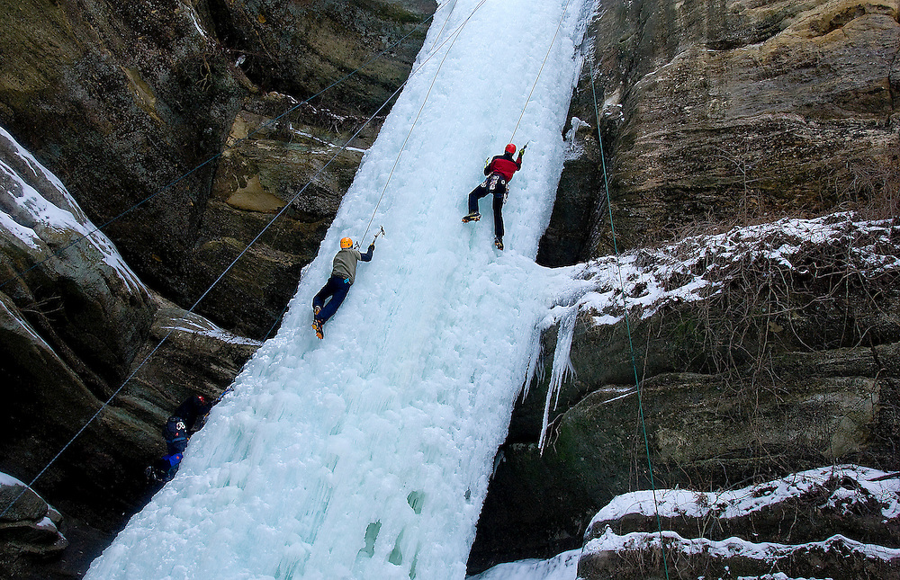 Climbers scale the frozen waterfalls at Starved Rock State Park near Utica, Illinois. ©David Zalaznik