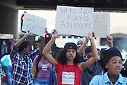 Cape Town - Fees Must Fall Protest At Parliament - 22 Sep 2016