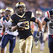 Army Short Back Malcolm Brown (23) score a 45 yard TOUCHDOWN late in 4th quarter in front of 69,223 at Lincoln Financial Field in Philadelphia Pennsylvania. Navy defeats Army 31-17