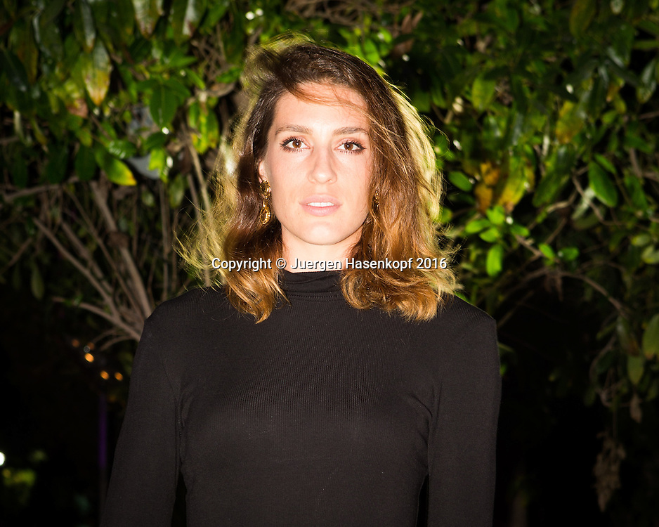 Dubai Duty Free Tennis Championships 2016 Players Party,Andrea Petkovic in Abendgarderobe,privat, Querformat,Portrait,Portraet,<br />