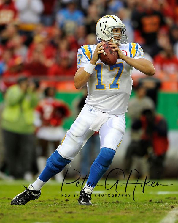 October 25, 2009:   Quarterback Phillip Rivers #17 of the San Diego Chargers drops back to pass in the first half against the Kansas City Chiefs at Arrowhead Stadium in Kansas City, Missouri.  The Chargers defeated the Chiefs 37-7...