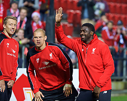 ADELAIDE, AUSTRALIA - Sunday, July 19, 2015: Liverpool's Kolo Toure during a training session at Coopers Stadium ahead of a preseason friendly match against Adelaide United on day seven of the club's preseason tour. (Pic by David Rawcliffe/Propaganda)