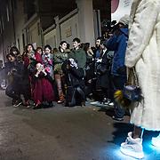 A l'entree du defile de Moschino, a la semaine de la mode de Milan
