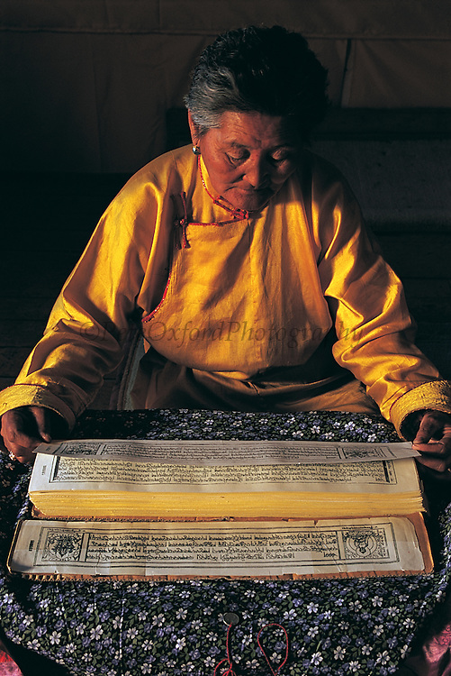 Lama reading sutras<br /> Ovgon Monastery<br /> Mongolia