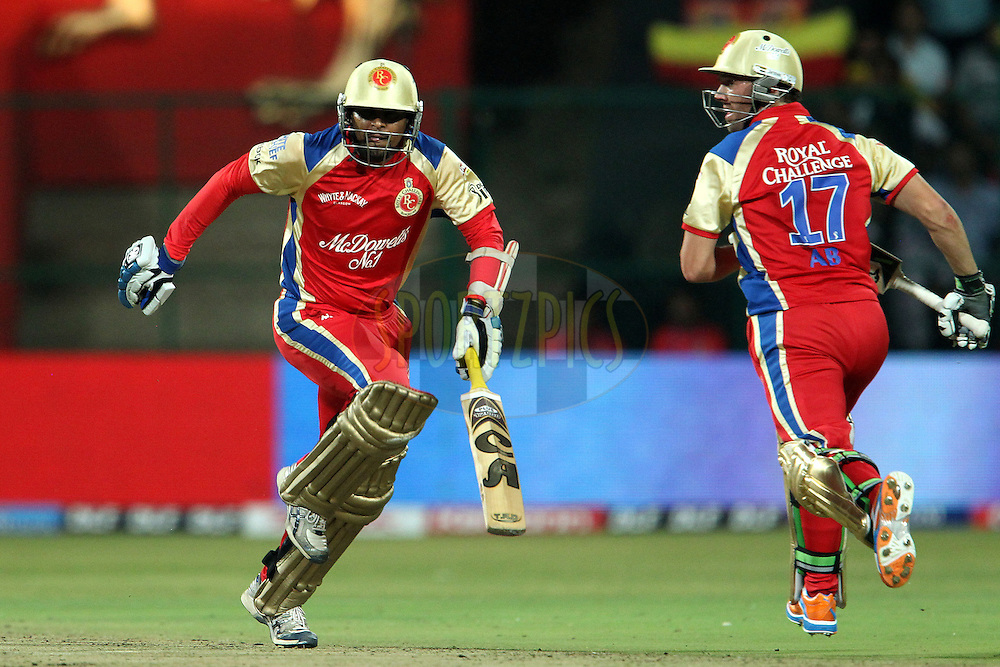 Tillakaratne Dilshan and AB de Villiers during match 8 of the the Indian Premier League ( IPL ) Season 4 between the Royal Challengers Bangalore and the Mumbai Indians held at the Chinnaswamy Stadium, Bangalore, Karnataka, India on the 12th April 2011..Photo by Ron Gaunt/BCCI/SPORTZPICS