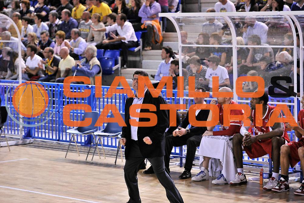 DESCRIZIONE : Vigevano Lega A2 2009-10 Playoff Miro Radici Fin. Vigevano - Trenkwalder Reggio Emilia<br /> GIOCATORE : Ramagli<br /> SQUADRA : Reggio Emilia<br /> EVENTO : Playoff Lega A2 2009-2010<br /> GARA : Miro Radici Fin. Vigevano - Trenkwalder Reggio Emilia<br /> DATA : 16/05/2010<br /> CATEGORIA : Allenatore<br /> SPORT : Pallacanestro <br /> AUTORE : Agenzia Ciamillo-Castoria/D.Pescosolido