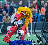 BLOEMENDAAL - keeper Hidde Brink (Pinoke)  tijdens de competitie hoofdklasse hockeywedstrijd heren, Bloemendaal-Pinoke (3-2)   COPYRIGHT KOEN SUYK