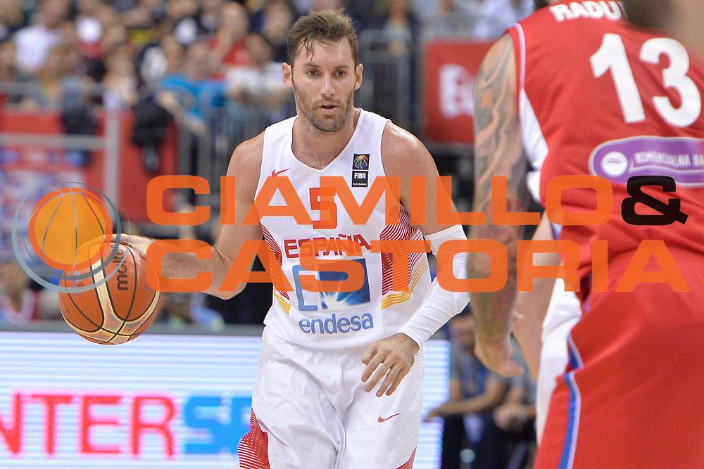 DESCRIZIONE : Berlino Berlin Eurobasket 2015 Group B Spain Serbia <br /> GIOCATORE :  Rudy Fernandez<br /> CATEGORIA :  Palleggio<br /> SQUADRA : Spain<br /> EVENTO : Eurobasket 2015 Group B <br /> GARA : Spain Serbia <br /> DATA : 05/09/2015 <br /> SPORT : Pallacanestro <br /> AUTORE : Agenzia Ciamillo-Castoria/I.Mancini<br /> Galleria : Eurobasket 2015 <br /> Fotonotizia : Berlino Berlin Eurobasket 2015 Group B Spain Serbia