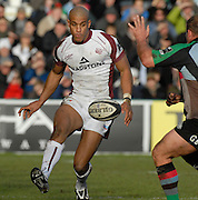 Twickenham, GREAT BRITAIN,  Tom VARNDELL, Chip Gary BOTHA, during the Guinness Premiership Game, Harlequins [Quins] vs Leicester Tigers, at the Twickenham Stoop 06/01/2008 [Mandatory credit Peter Spurrier/ Intersport Images].