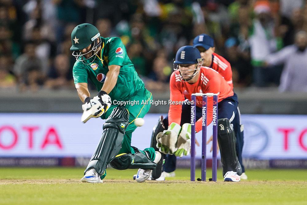 07.09.2016. Old Trafford, Manchester, England. Natwest International T20 Cricket. England Versus Pakistan. Pakistan all rounder Shoaib Malik pulls the ball.