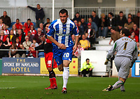 Photo: Olly Greenwood.<br />Colchester United v Southampton. Coca Cola Championship. 28/10/2006. Colchester's Kevin McLeod celebrates scoring.