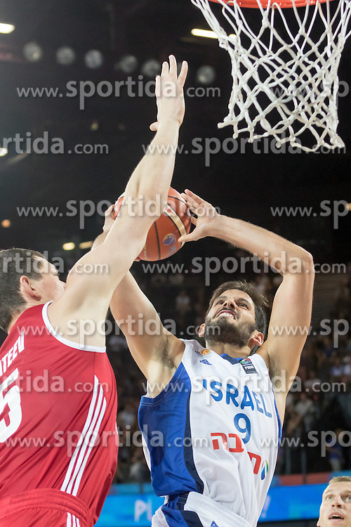 05.09.2015, Park Suites Arena, Montpellier, FRA, Eurobasket 2015, Israel vs Russland, Gruppe A, im Bild OMRI CASSPI (9) // during the FIBA Eurobasket 2015, group A match between Israel and Russia at the Park Suites Arena in Montpellier, France on 2015/09/05. EXPA Pictures &copy; 2015, PhotoCredit: EXPA/ Newspix/ Pawel Pietranik<br /> <br /> *****ATTENTION - for AUT, SLO, CRO, SRB, BIH, MAZ, TUR, SUI, SWE only*****