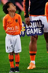 10-10-2019 NED: Netherlands - Northern Ireland, Rotterdam<br /> UEFA Qualifying round Group C match between Netherlands and Northern Ireland at De Kuip in Rotterdam / Walk in kids