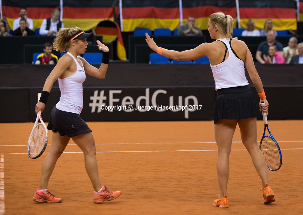 GER-UKR, Deutschland - Ukraine, <br /> Porsche Arena, Stuttgart, internationales ITF  Damen Tennis Turnier, Mannschafts Wettbewerb,<br /> Team German Doppel: LAURA SIEGEMUND und CARINA WITTHOEFT
