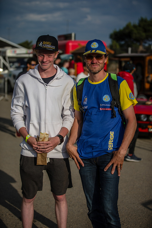 15 Boys #190 (LINDBERG Einar) SWE and his father at the 2018 UCI BMX World Championships in Baku, Azerbaijan.