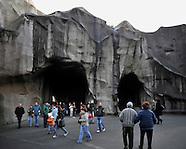 Vincennes Zoo Closure