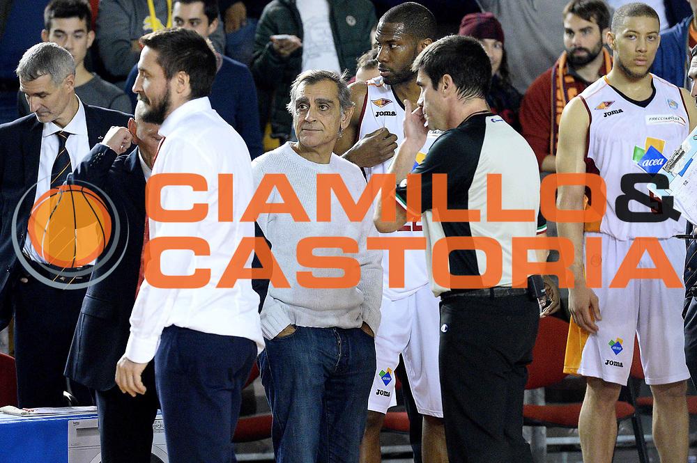 DESCRIZIONE : Roma Lega A 2014-15 Acea Virtus Roma Varese<br /> GIOCATORE : claudio toti<br /> CATEGORIA : curiosit&agrave;<br /> SQUADRA : Acea Virtus Roma Varese<br /> EVENTO : Campionato Lega Serie A 2014-2015<br /> GARA : Acea Virtus Roma Varese<br /> DATA : 16.11.2014<br /> SPORT : Pallacanestro <br /> AUTORE : Agenzia Ciamillo-Castoria/M.Greco<br /> Galleria : Lega Basket A 2014-2015 <br /> Fotonotizia : Roma Lega A 2014-15 Acea Virtus Roma Varese