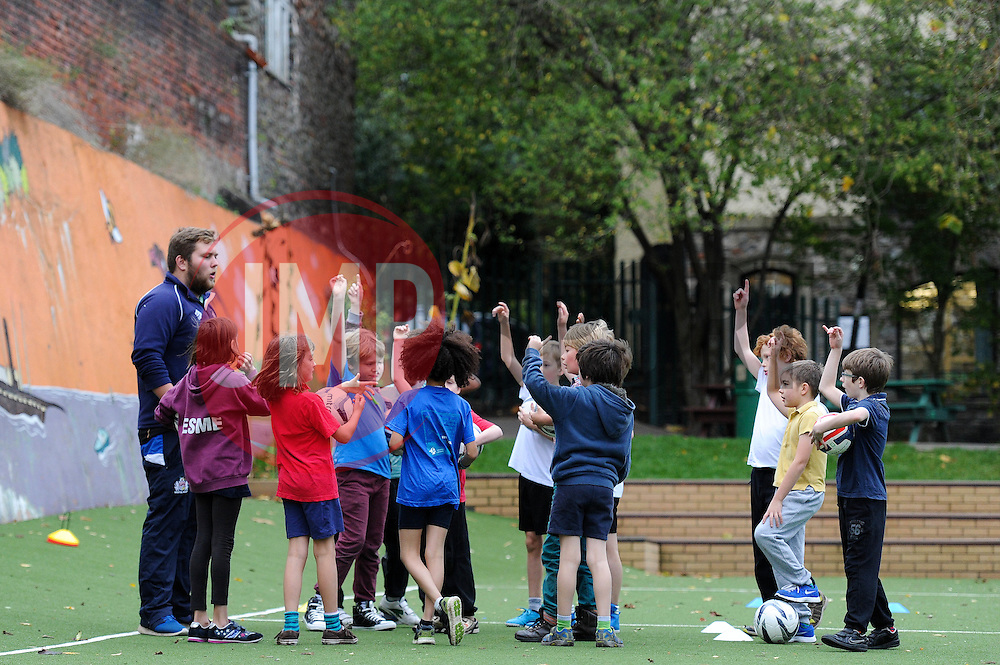 - Mandatory byline: Dougie Allward/JMP - 07966386802 - 12/11/2015 - RUGBY - Community - Schools - Hotwells Primary School -Bristol,England - Bristol Rugby Community Foundation