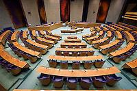 Nederland. Den Haag, 9 januari 2009.<br /> Een lege plenaire vergaderzaal. Tweede Kamer.<br />  <br />  De organisatoren van de manifestatie  zijn ernstig verontrust over de overwegend negatieve beeldvorming over de motieven voor  Israels operatie in Gaza.  Zij willen hun stem laten horen om te tonen dat er brede steun is voor het recht van Israel zijn burgers te verdedigen. De organisatoren beschouwen Israels actie tegen Hamas als een uiterste middel.<br /> Foto Martijn Beekman<br /> NIET VOOR PUBLIKATIE IN LANDELIJKE DAGBLADEN.