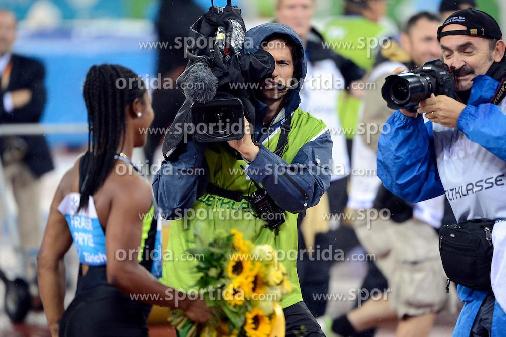 30.08.2012, Stadion Letzigrund, Zuerich, SUI, Leichtathletik, Weltklasse Zurich 2012, im Bild, Siegerin Shelly-Ann Fraser-Pryce (USA), 100m Frauen // during Athletics World Class Zurich 2012 at Letzigrund Stadium, Zurich, Switzerland on 2012/08/30. EXPA Pictures © 2012, PhotoCredit: EXPA/ Freshfocus/ Andy Mueller..***** ATTENTION - for AUT, SLO, CRO, SRB, BIH only *****