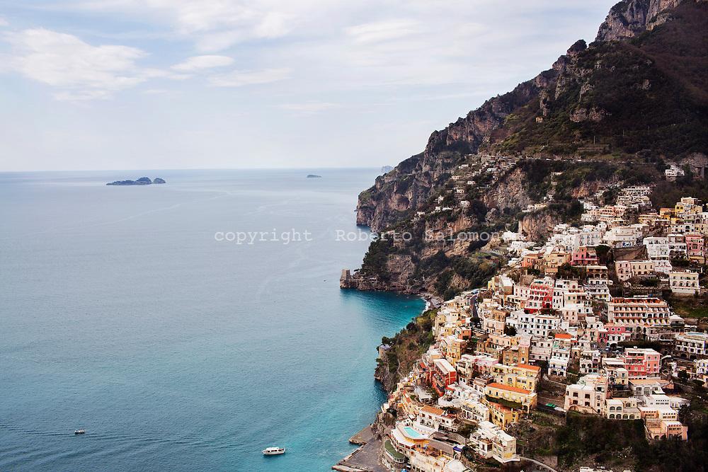 Positano, Italia - una veduta di Positano.<br /> Ph. Roberto Salomone
