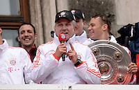 FUSSBALL TRIPELPARTY  SAISON  2012/2013  02.06.2013 Champions Party des FC Bayern Muenchen nach dem Gewinn des DFB Pokal und Triple.  Trainer Jupp Heynckes (FC Bayern Muenchen)